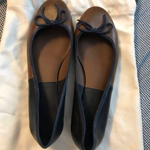 Celine two toned ballet flats 🥿
